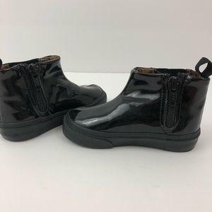 Size 5 GAP black ankle rain boots